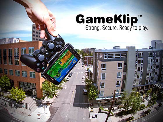 GameKlip clips a PS3 controller to your Android phone