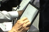 Sony's 13.3-inch <span class='highlighted'>e-ink</span> notepad demonstration video