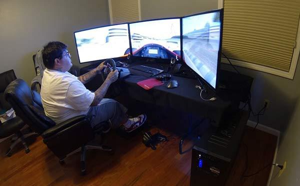 Resultado de imagem para pc gamer playing