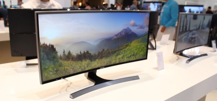 lg 144hz monitor. last but not least, samsung plans a new 31.5-inch panel with 2560 x 1440 pixels (qhd) in the curved screen radius format, 144hz refresh rate, lg 144hz monitor