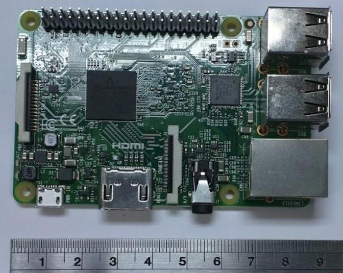 Raspberry Pi 3 pictures, hardware features, uncovered in FCC