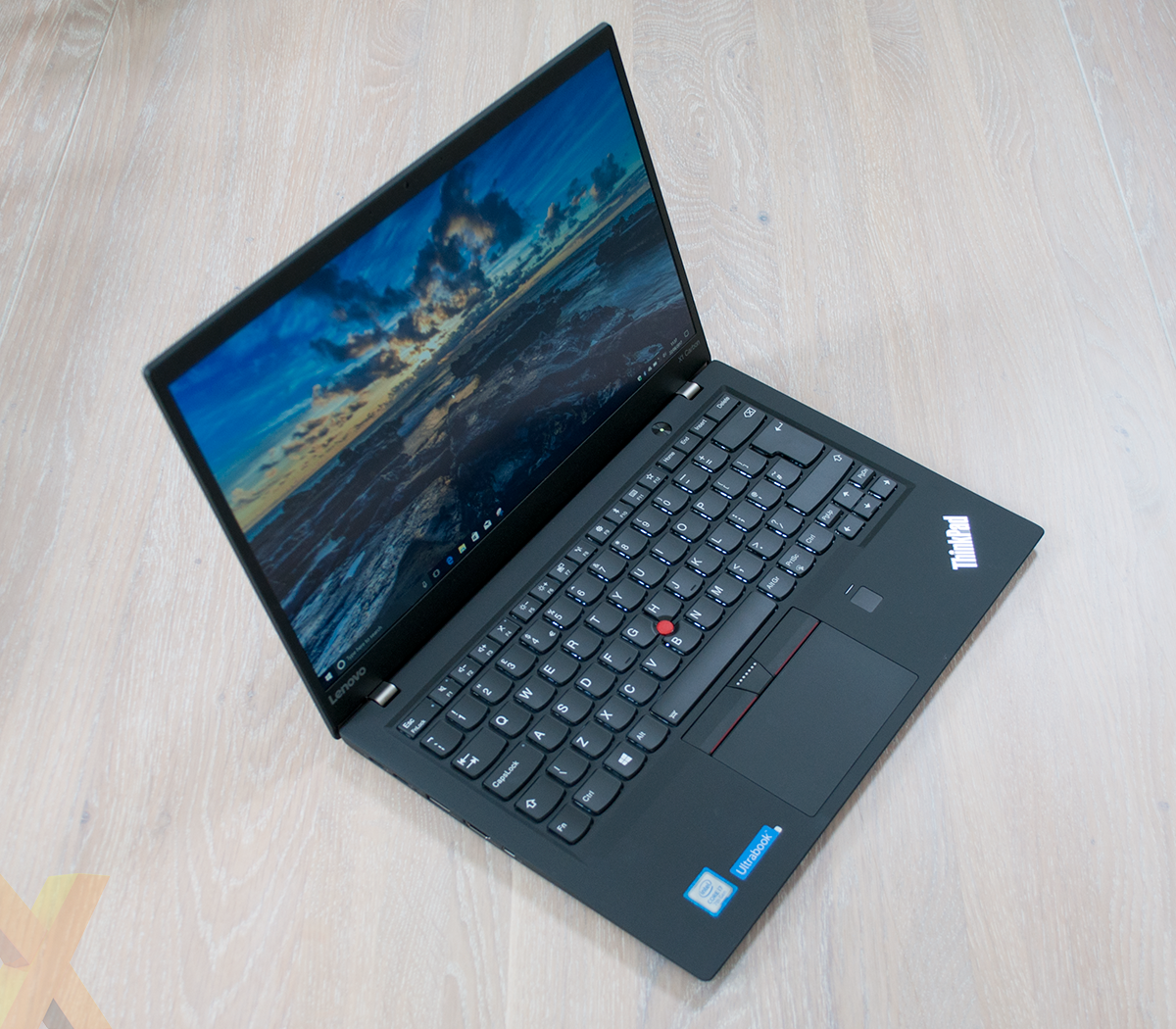 Review: Lenovo ThinkPad X1 Carbon (2017, 5th Gen) - Laptop