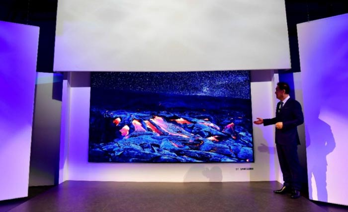 Samsung 146-Inch TV 'The Wall' Just About as Big as One