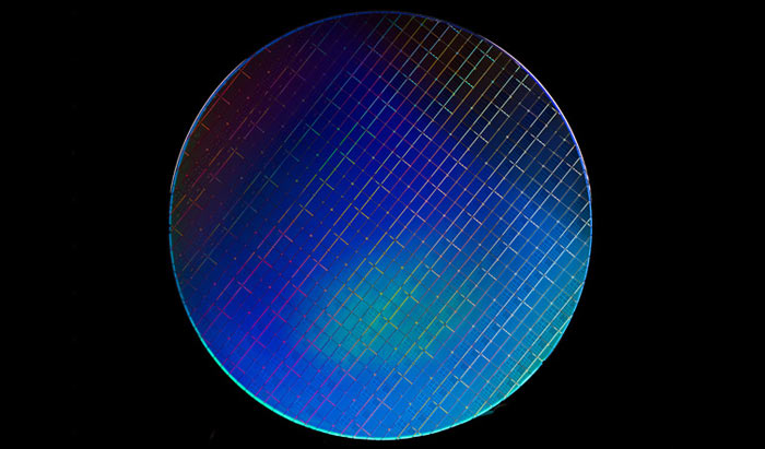 Intel has just squeezed a 'quantum computer' on a silicon chip