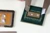 OC expert der8auer delids an AMD Ryzen 5 2600 CPU