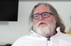 "Valve's Gabe Newell: games store competition is ""awesome"""